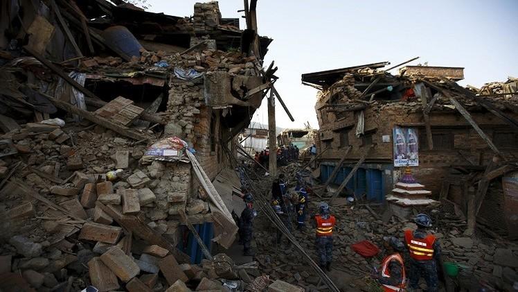 زلزال نيبال.. 6831 قتيلا ولا أمل في العثور على ناجين