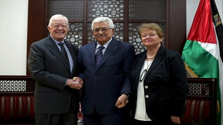 عباس يؤكد ضرورة إنهاء الانقسام  خلال لقائه بوفد من