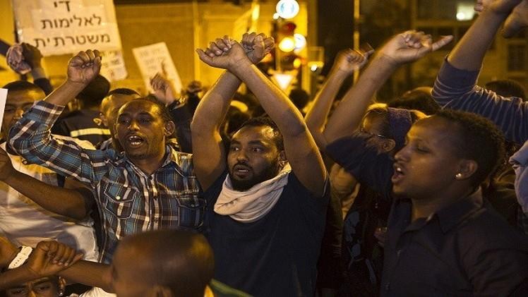 عشرات الجرحى في مواجهات بين إثيوبيين والشرطة الإسرائيلية في تل أبيب