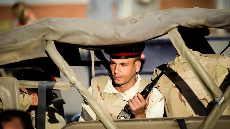 اعتقال 17 شخصا وتدمير 24 بؤرة لمتشددين في سيناء