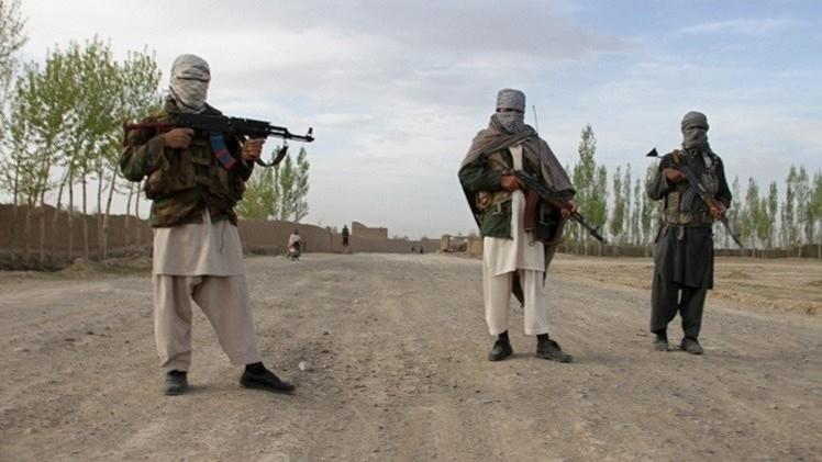 أفغانستان.. مقتل 13 أمنيا في هجوم لطالبان على مراكز أمنية