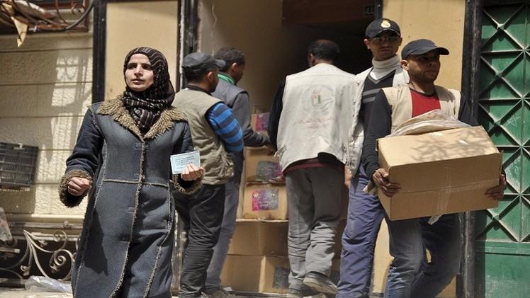 دمشق.. مساعدات اليونيسف تصل نازحين من مخيم اليرموك