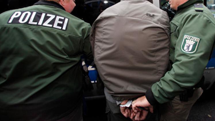 الشرطة الألمانية تعتقل أعضاء في منظمة يمينية متطرفة خططت لتفجير مساجد