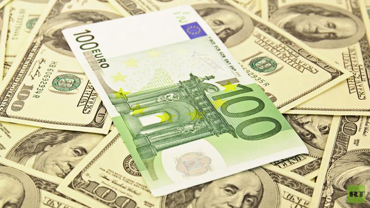 اليورو يرتفع مقابل الدولار إلى أعلى مستوى له في شهرين