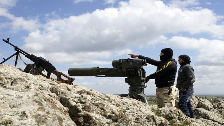 كتاب يكشف خرق باريس للحظر الأوروبي وتسليح المعارضة السورية