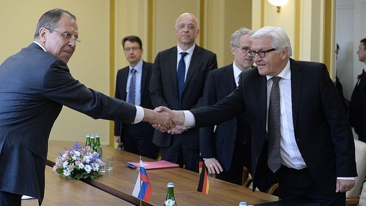 لافروف: روسيا ستتفاعل إيجابيا مع إشارات الناتو لاستئناف التعاون المشترك