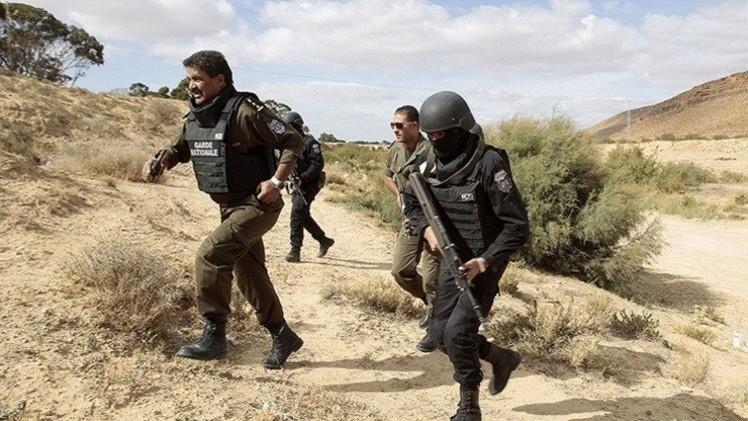 الجيش التونسي يكتشف مقابر جماعية لإرهابيين
