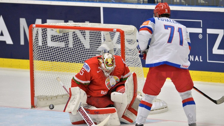 بطولة العالم للهوكي.. روسيا تكرم بيلاروس بسباعية في عيد النصر