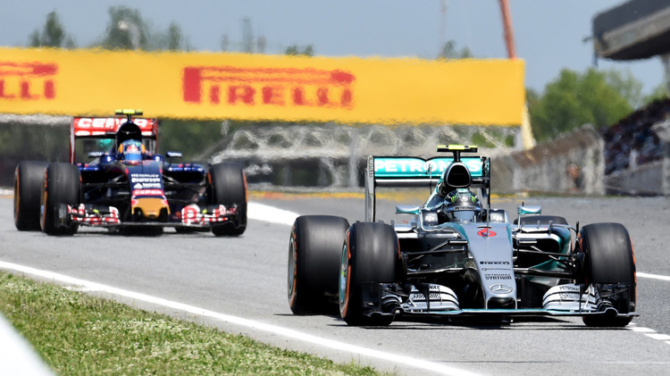 روزبرغ أول المنطلقين في سباق إسبانيا للفورمولا-1 .. (صور)