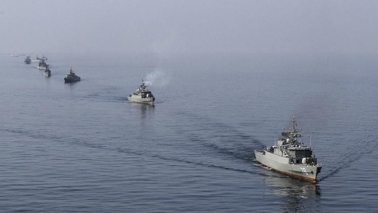 طهران ترفض السماح بتفتيش سفينتها المتجهة لليمن وتهدد بمحاربة من يعترضها