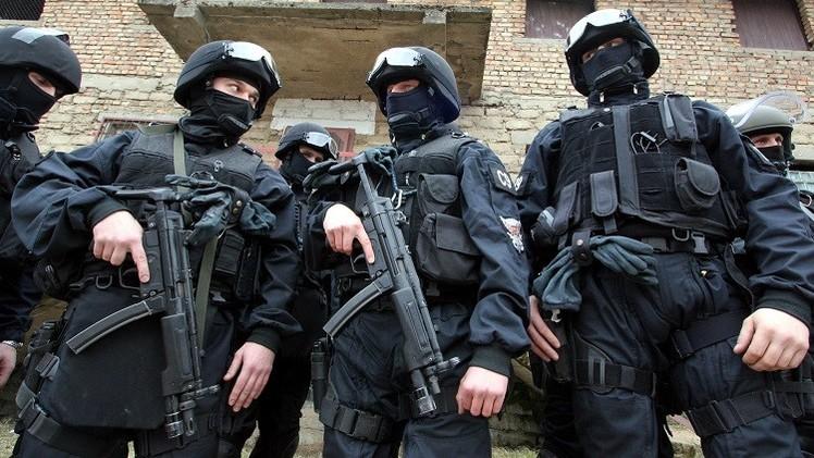 بولندا توقف 3 أشخاص يشتبه في تمويلهم الإرهاب