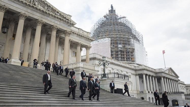 النواب الأمريكي يوافق على تشريع يعطي للكونغرس الحق في مراجعة أي اتفاق نووي مع إيران