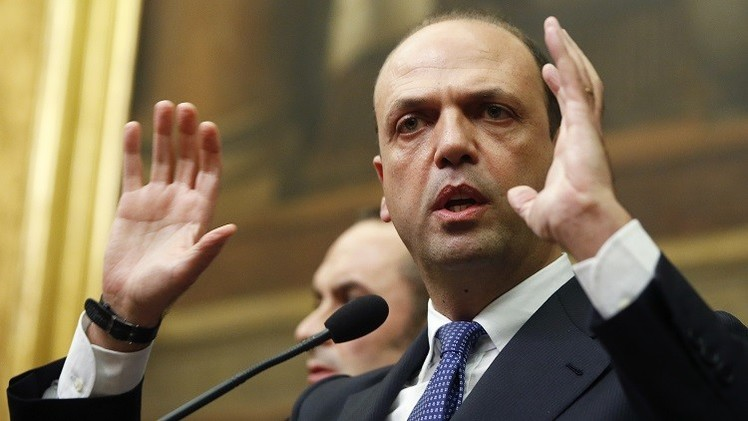 روما: مستعدون لقيادة تحرك دولي ضد مهربي البشر