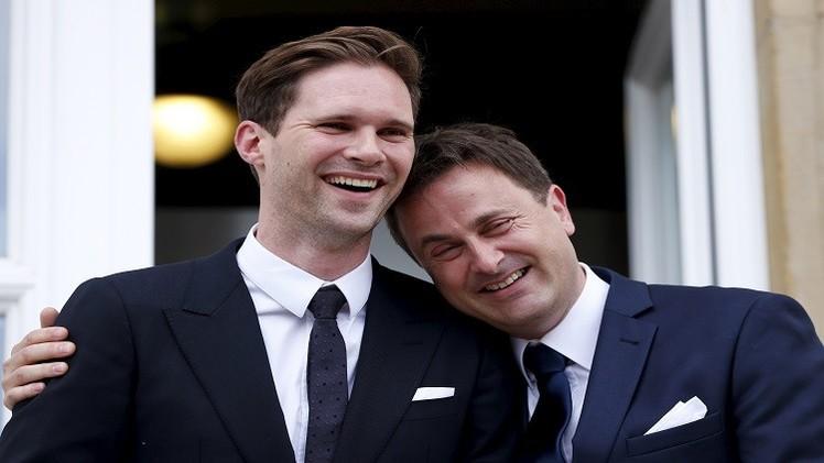 رئيس وزراء لوكسمبورغ يتزوج من صديقه المثلي