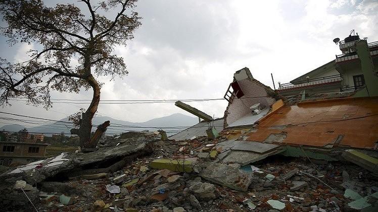انتشال جثث 8 جنود من حطام مروحية أمريكية تحطمت في النيبال
