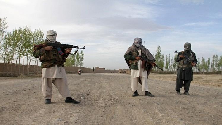 طالبان تحتجز 27 شخصا شرق أفغانستان