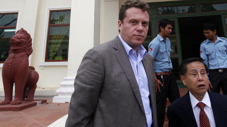 كمبوديا.. ترحيل مختلس أموال روسي إلى موسكو (فيديو)