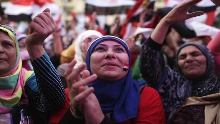 القاهرة تفرض قيودا على سفر المصريات إلى تركيا