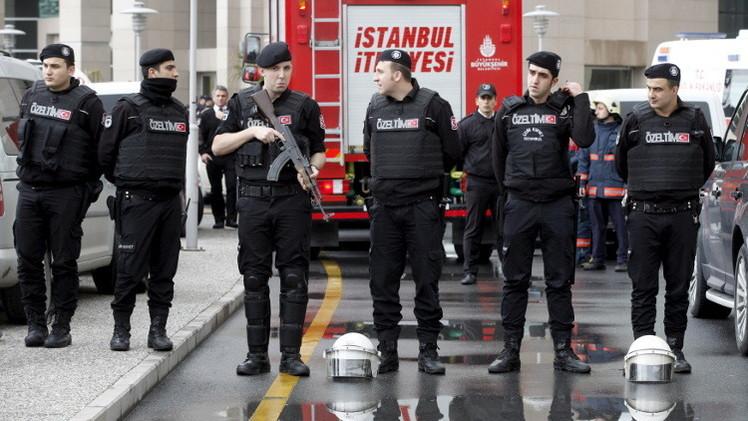تركيا...اعتقال 7 عسكريين لاعتراضهم شحنة أسلحة مفترضة إلى سوريا