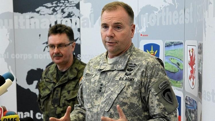 قائد القوات الأمريكية في أوروبا يتعهد من كييف بنقل الخبرات العسكرية الأمريكية للأوكرانيين