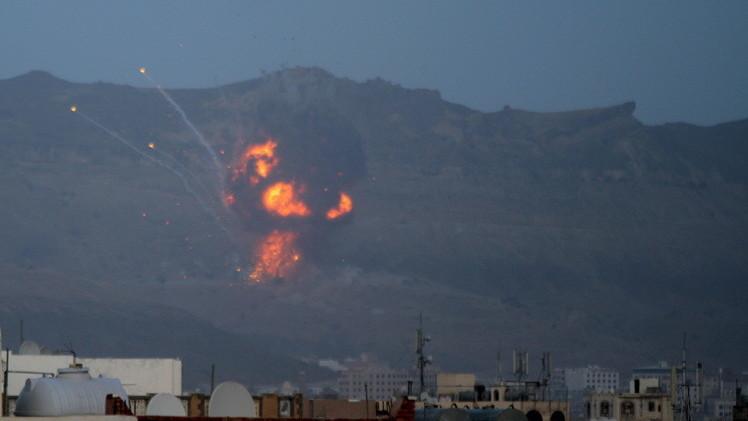 اليمن.. التحالف يكثف غاراته وتبادل للقصف على الحدود مع السعودية (فيديو)