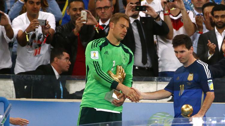 نوير يتوج بجائزة أفضل رياضي أوروبي وعالمي لعام 2014