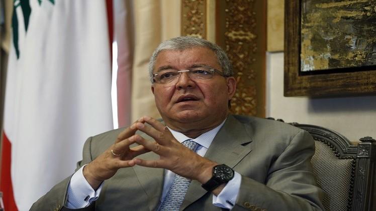 وزير الداخلية اللبناني ينفي إطلاق سراح مواطنين لبنانيين من سجن تدمر