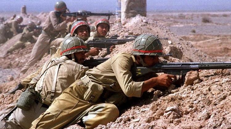 انطلاق مناورات عسكرية برية واسعة النطاقغرب إيران