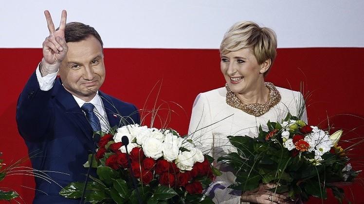 بولندا.. نتائج الاستطلاع تشير إلى فوز المرشح المعارض في الانتخابات الرئاسة