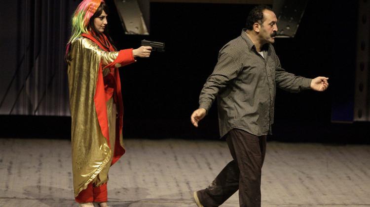المسرح العراقي يحارب الإرهاب