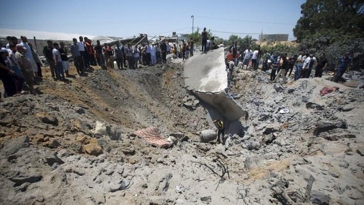 المقاتلات الإسرائيلية تغير على مواقع في غزة (فيديو)
