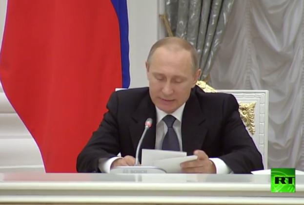 بوتين يدعو العلماء وأوساط الأعمال إلى العمل بشكل منسق من أجل دفع التقنيات الروسية إلى الأمام