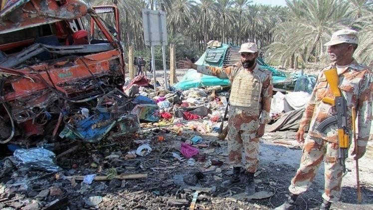مقتل 19 شخصا برصاص مجهولين غرب باكستان