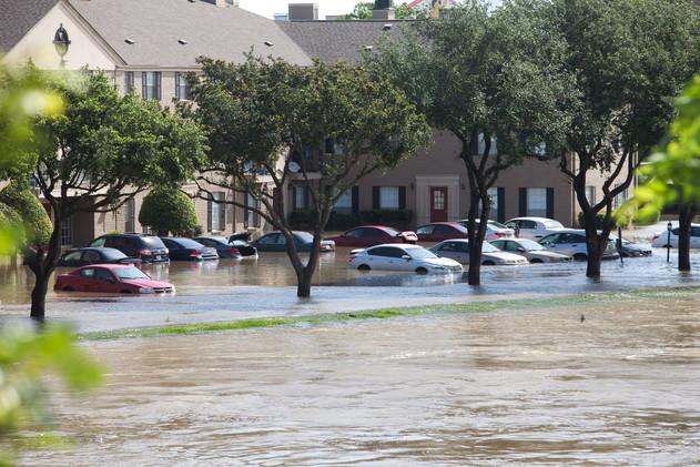 تكساس منطقة منكوبة بعد مقتل 28 شخصا في الفيضانات