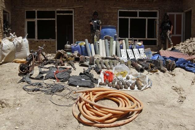 الأمن الأفغاني يصادر 16 طنا من المتفجرات شرق البلاد