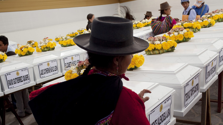 الأمم المتحدة تحقق في الاختفاء القسري لآلاف الأشخاص جراء النزاع الداخلي في بيرو