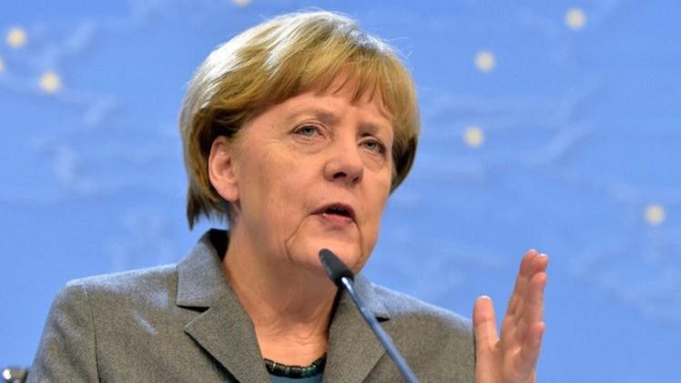 ميركل تحث الألمان على دعم اتفاقية التجارة مع الولايات المتحدة