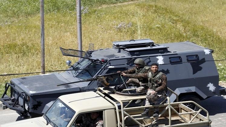 الجيش الأردني يدمر 4 سيارات حاولت اجتياز الحدود مع سوريا
