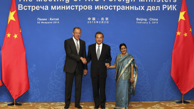 رئيس وزراء الهند إلى الصين لتعزيز التعاون