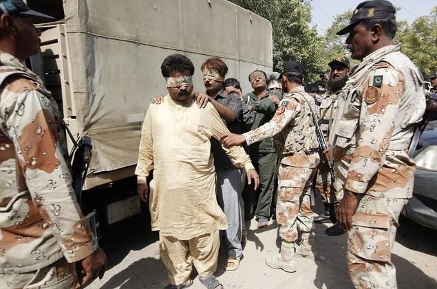 الجيش الباكستاني يصفي 12 مسلحا بوزيرستان