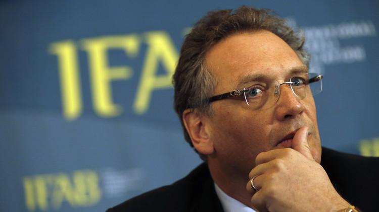 فيفا ينفي تورط أمينه العام في رشوة بـ10 ملايين دولار