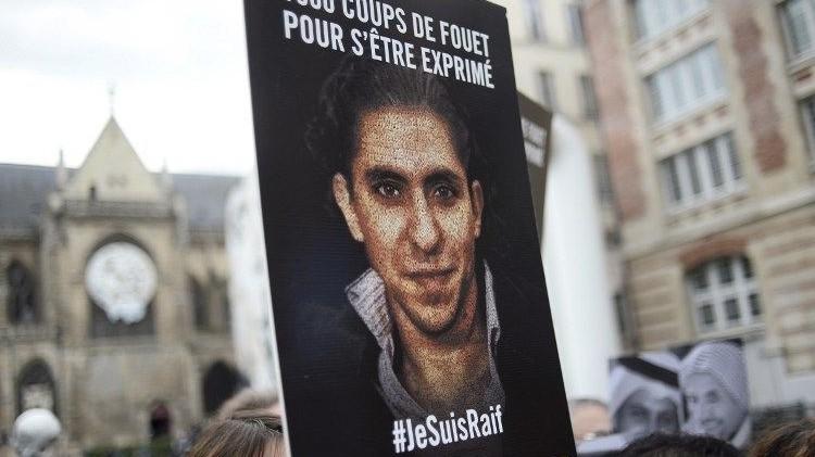 تأكيد حكم السجن والجلد في حق المدون السعودي رائف بدوي