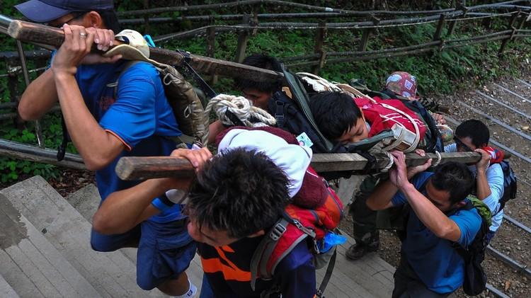 ارتفاع عدد ضحايا الزلزال في ماليزيا إلى 16 قتيلا