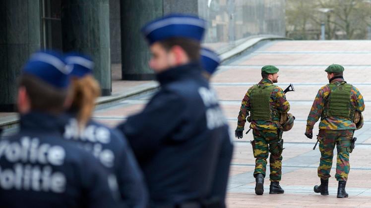 اعتقال 16 شخصا من أصل شيشاني في بلجيكا يشتبه بتورطهم في أنشطة إرهابية