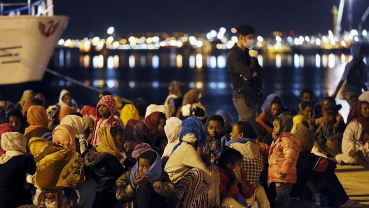أكثر من 100 ألف مهاجر عبروا البحر إلى أوروبا منذ مطلع 2015