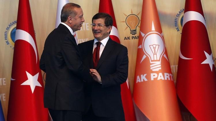 تركيا..استقالة حكومة داوود أوغلو