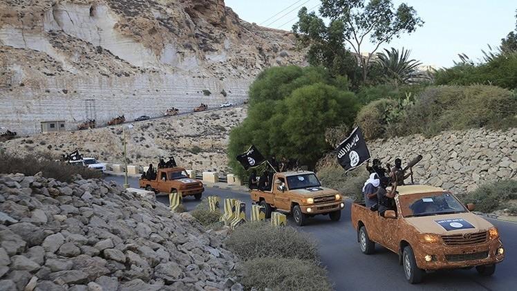 ليبيا.. حرب بين تنظيمات متطرفة في درنة واستنفار في مصراتة