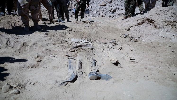 انتشال نحو 600 جثة من مقابر جماعية في تكريت