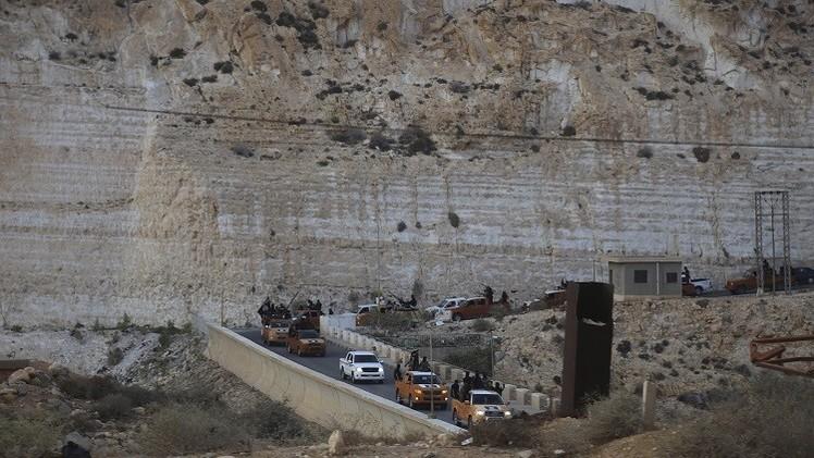 تواصل الاقتتال بين تنظيمين متطرفين في درنة