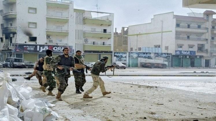 اقتحام القنصلية التونسية في طرابلس واختطاف 10 من موظفيها